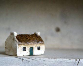 Simple Miniature Irish thatched cottage Irish handcraft by SureDesign