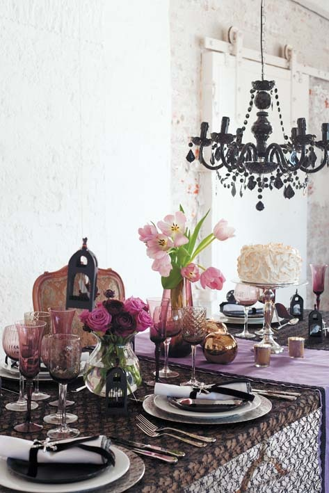 Elegant table setting with black, purple and pink colour scheme from ideasmag.co.za