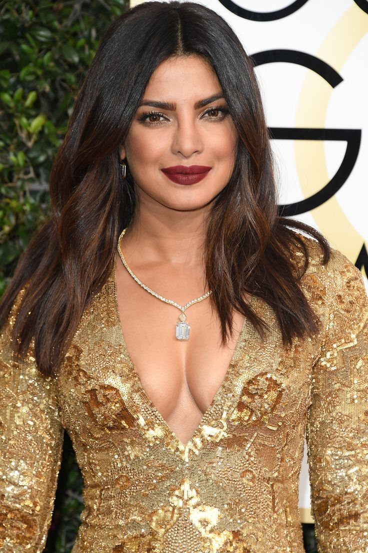 The Best Jewelry Moments From The 2017 Golden Globes -1766