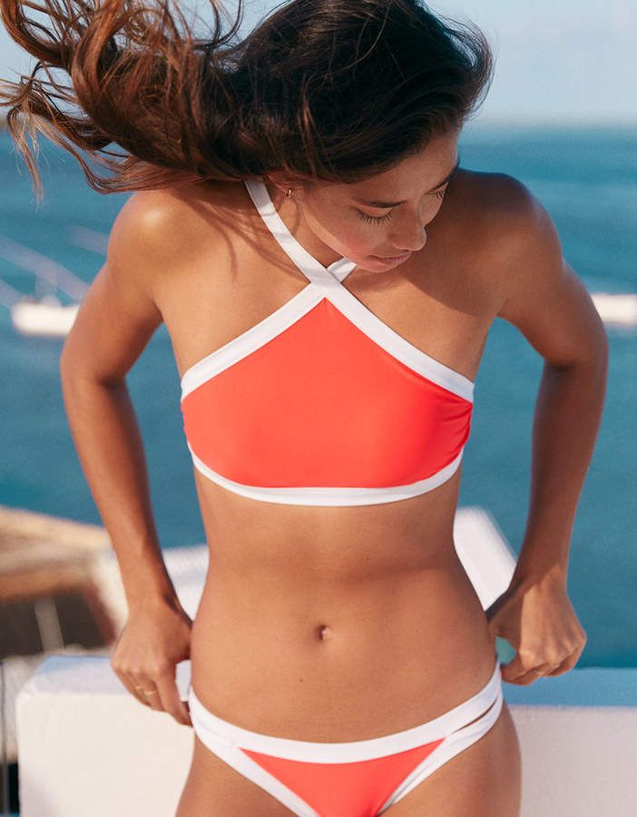 Bikini Tops: Triangle, High Neck, + More | Urban Outfitters
