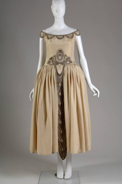 Robe de Style, 1927. Silk moiré, glass beads, pearls, metallic thread. Jeanne Lanvin, France. Front