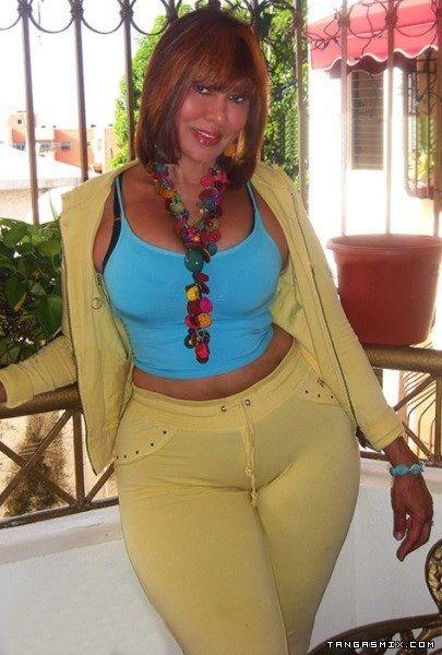 Pearhub Latina Milf široke boke ozke hlače-8349