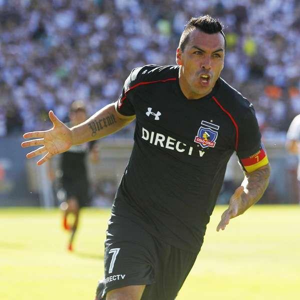 Blanco y Negro planea extender el contrato de Esteban Paredes por un año más
