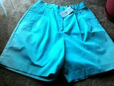 NWT-WOMEN-039-S-SIZE-14-IZOD-CLUB-GREEN-SHORTS-CLOTHING-WOMEN-039-S-CLOTHING-NEW-CLOTHES