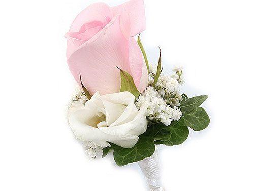 Бутоньерка жениха_ белая розовая роза