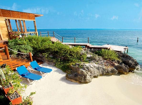 Dream Luxury Beachfront Villa Galleries in Isla Mujeres