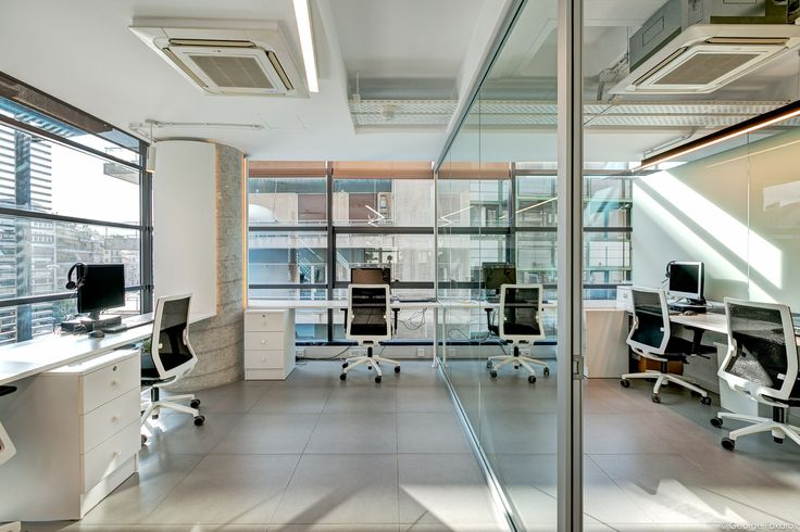 Millward Brown Offices in Athens - Open plan offise space