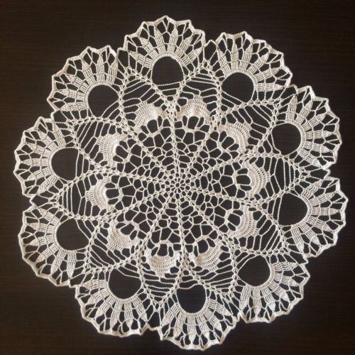 Handmade-Lace-Crochet-Doily-Centerpiece-Tablecloth-Wall-Decor-White-Collection