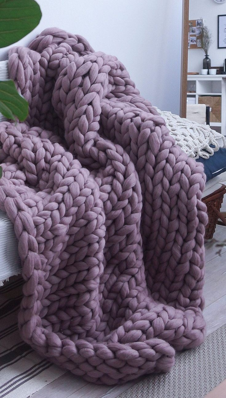 Chunky knit blanket giant merino wool throw arm knit