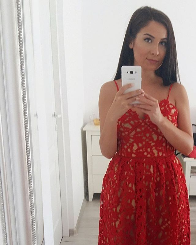 #fblog #fblogger #instapic #instablog #instablogger #fashion #reddress #lacedress #redlacedress #showpo #selfportrait #ootd #lotd #liketkit