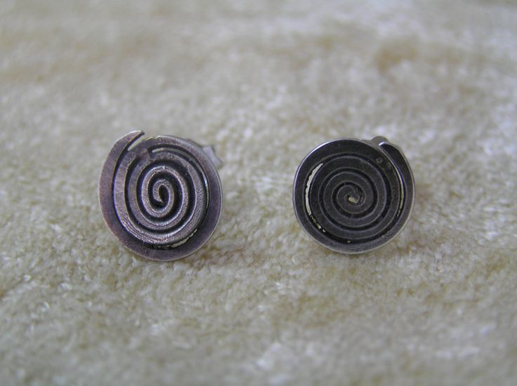 Silver spiral earrings by StoneSeeds on Etsy
