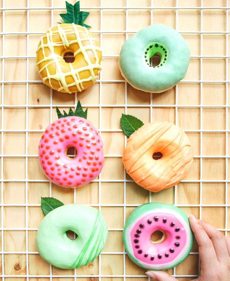 Fruit doughnuts. Or bagels- you know how these food stylists use all the tricks to get the perfect picture!