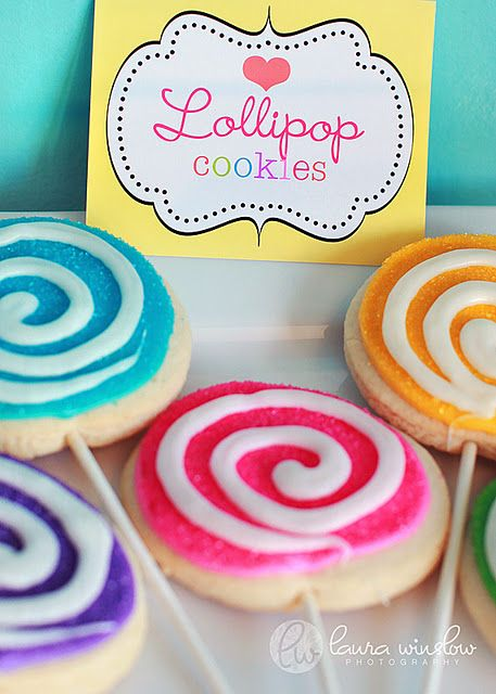 Lollipop Cookies,what a great idea! These would be excellent for a candy themed party.