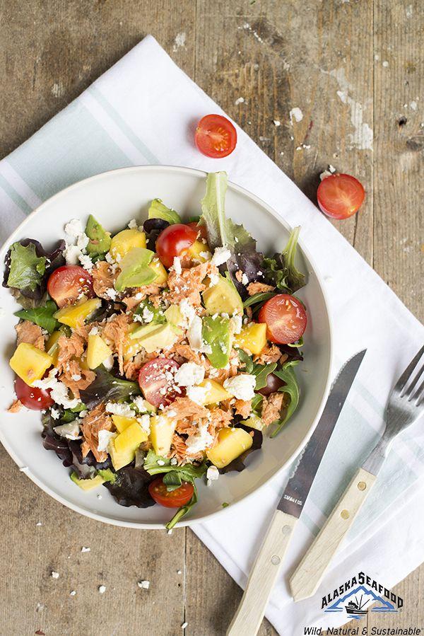 Thank god it's friday, vrijdag visdag! Voor de derde week op rij deel ik vandaag weer een lekker snel recept met duurzame vis uit Alaska met jullie. Na de zalm uit de oven (klik hier voor het recept) en koolvis met kerriesaus (en klik hier voor dat recept) deel ik vandaag een lekkere frisse salade met rode zalm... LEES MEER...