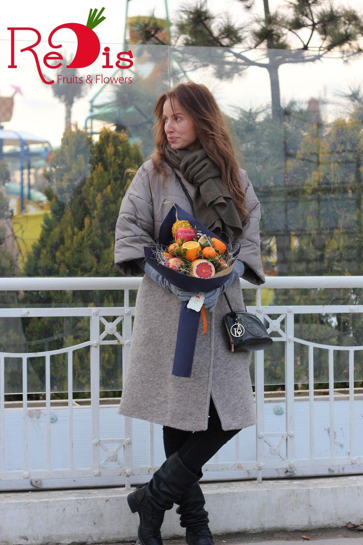 Фруктовые букеты Одесса.  Овощные букеты Одесса.