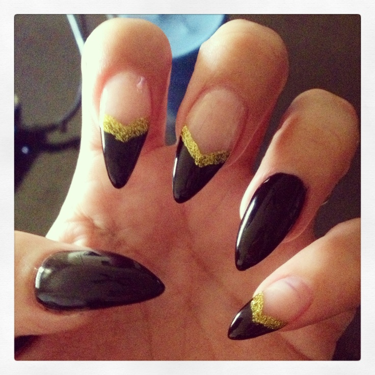 Pictures Of White And Gold Stiletto Nails Kidskunst Info