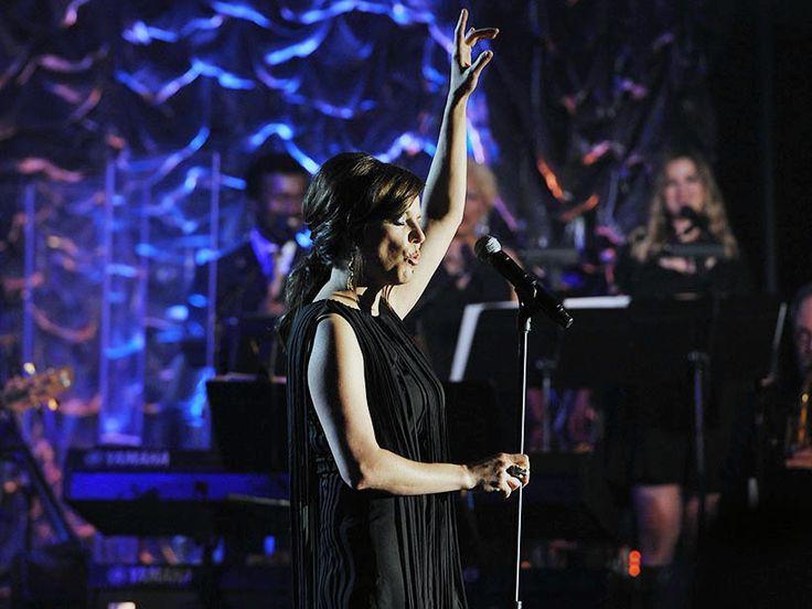 Martina McBride Brings Her Everlasting Tour to Nashville's Ryman Auditorium: Live Review | Billboard