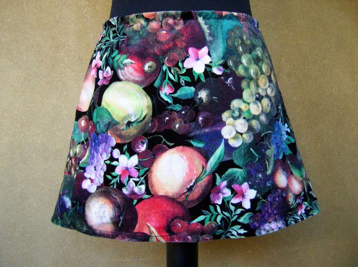Velvet Fruits Skirt, A-line skirt, upcycled velvet, fruits and flower mini skirt, black background multicolored fruit, size Extra Small door LUREaLURE op Etsy