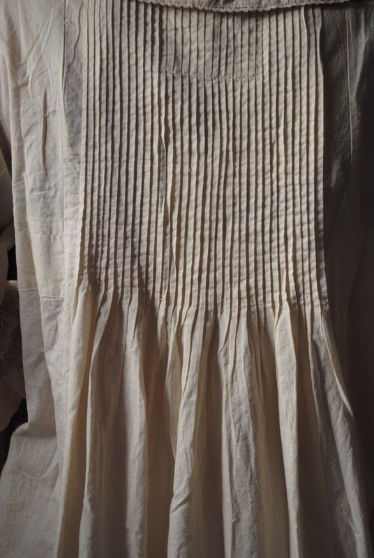 I LOVE the pin tucks on this! Can't find a pattern like it...might have to make my own. Would love to make an old-fashioned nightgown for little girls with these.