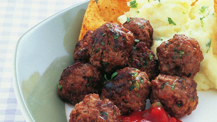 Kjøttboller med salsa og potetmos
