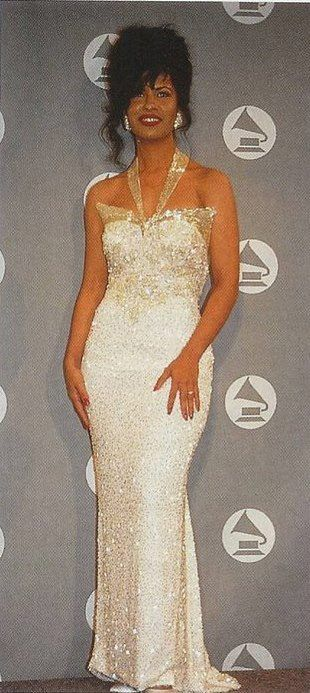 Selena Quintanilla GRAMMY NIGHT 1994 Reyna por Siempre fan website