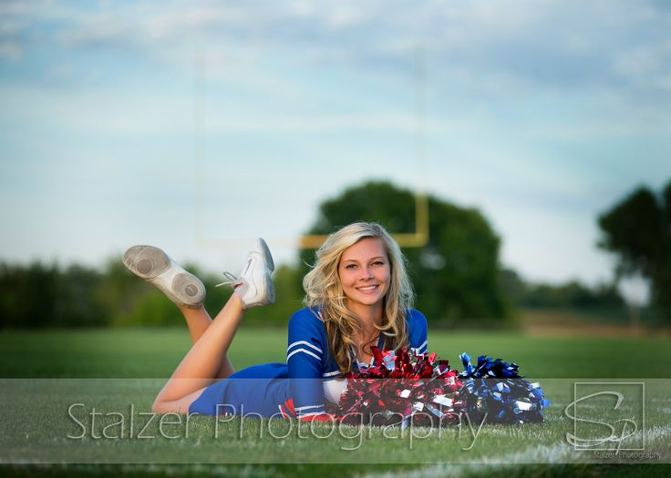 cheerleader stadium football senior pictures
