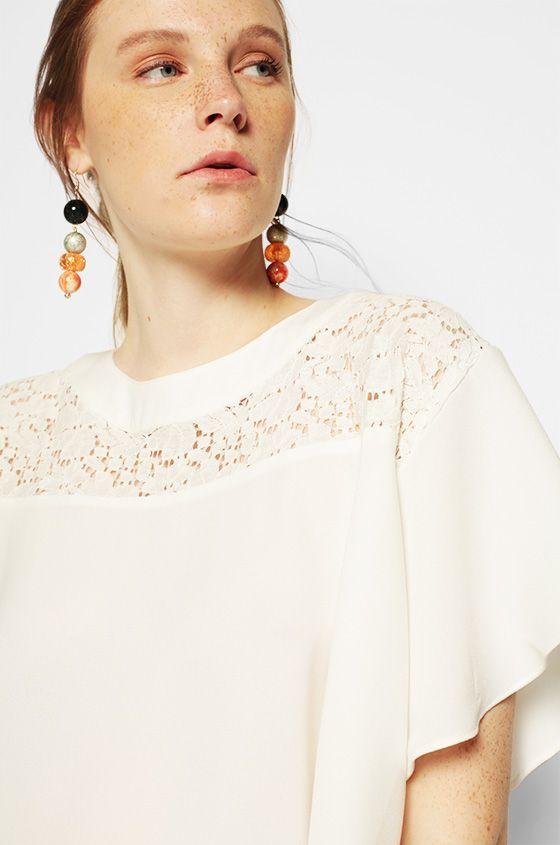 Short Sleeved Off-White Lynn | COTTONINK