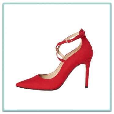 """Diapositive 15 sur 71: <p><b>A BRIDES CROISÉES</b> en microfibre. <a href=""""http://texto-chaussures.com/nouvelle-collection/chaussures-femme.html""""><b>Texto</b></a>, 22,95€</p>"""