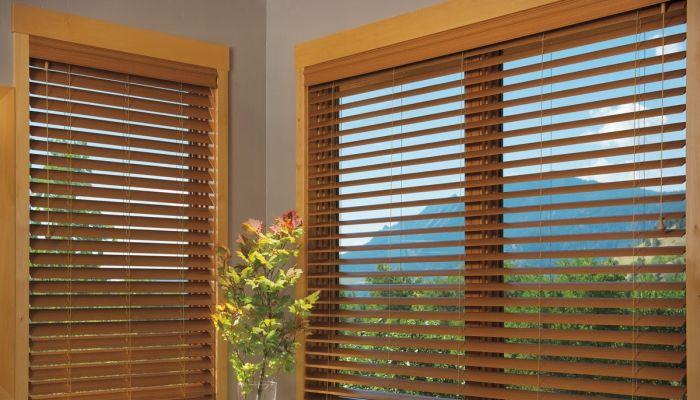 25 melhores ideias sobre cortinas meia janela no pinterest cortinas da cozinha cortinas de - Cortinas venecianas madera ...