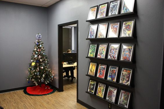 1000 images about comic book display on pinterest closet organization wall mount and the nerds. Black Bedroom Furniture Sets. Home Design Ideas