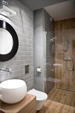 petite salle de bain bois et grise avec douche italienne - Douche A Litalienne Moderne