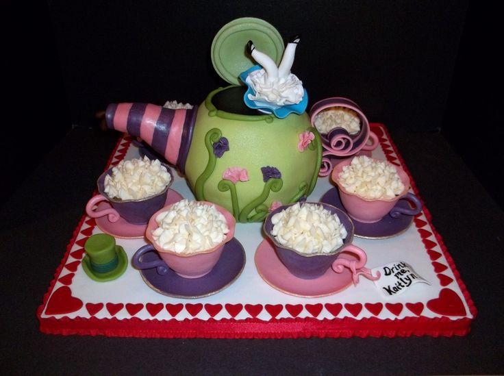 Alice In Wonderland Birthday Cake Pictures