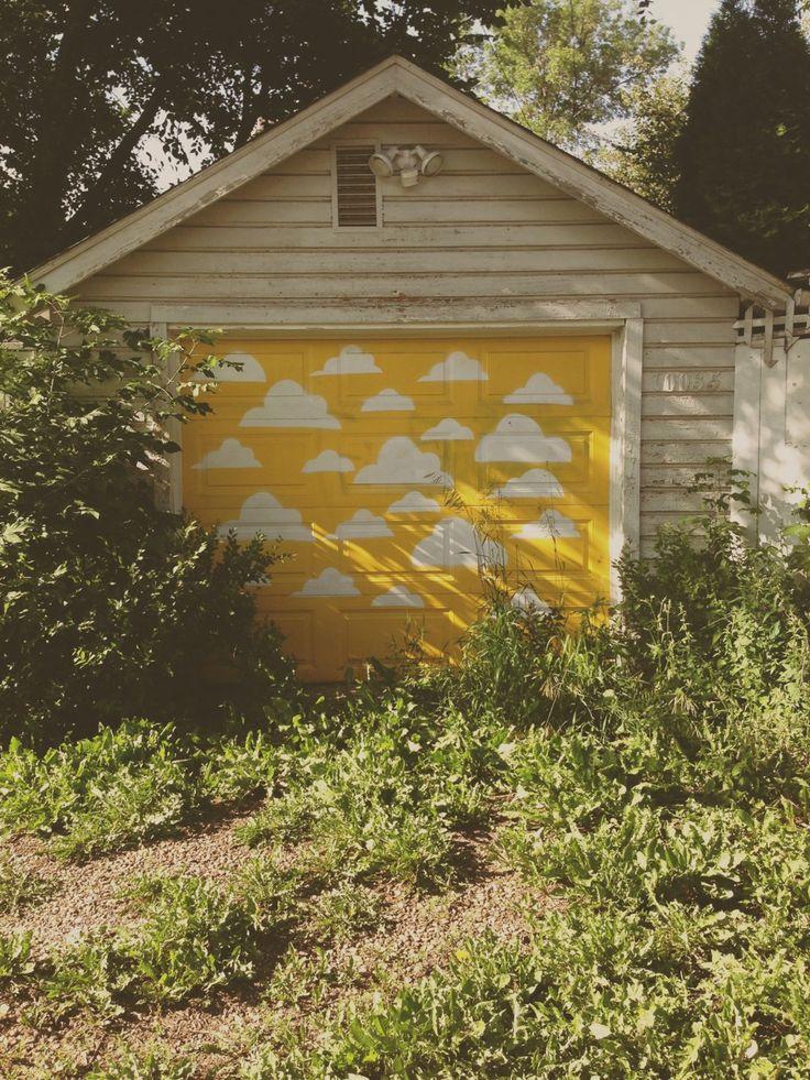 Yellow Garage Door Wageuzi