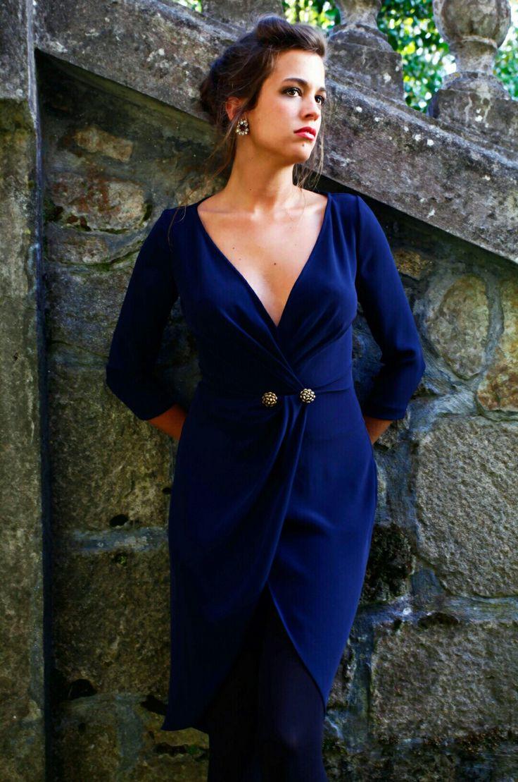 Vestido de crepe azul marino Laura Caicoya and Nugar Gil ❤
