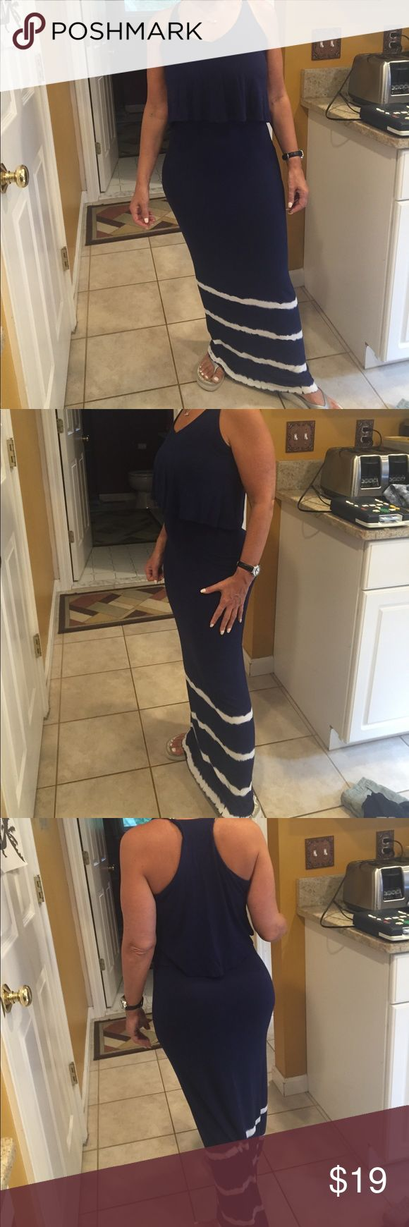 Blue and white tight maxi dress Blue and white tight maxi dress, not forever 21 but fits like it Forever 21 Dresses Maxi
