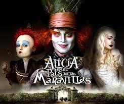 Alicia de 19 años, que regresa al mundo mágico donde se adentró siendo una niña para reunirse con sus antiguos amigos: el Conejo Blanco, Tweedledee y Tweedledum, la Oruga, el gato de Cheshire, y por supuesto, el Sombrerero Loco.