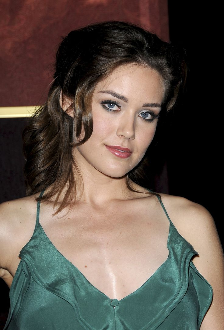 megan-boone-la-special-screening-of-my-bloody-valentine-3d-2009-01-0811.jpg (2447×3600)