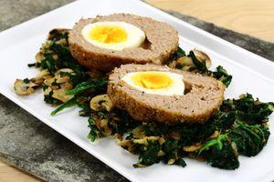 Farserede æg med spinat 4