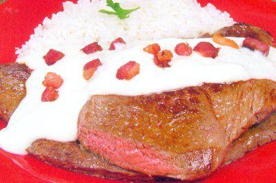 6121-bife-com-molho-branco-e-bacon