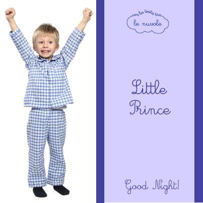 Se volete che i vostri bambini siano super felici di andare a dormire scegliete il modello Lorenzo! #Pigiama in flanella di cotone nella fantasia a quadri bianca e azzurra! #conlatestatralenuvole