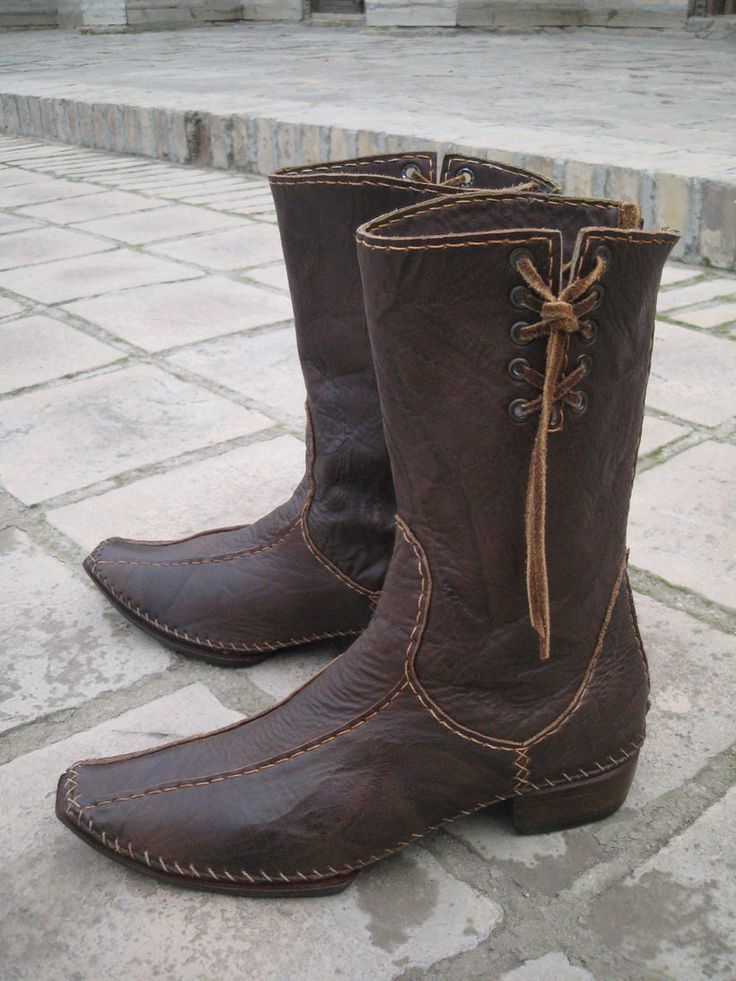 GlobeIn: Oriental knee high boots made of genuine leather - brown #globein