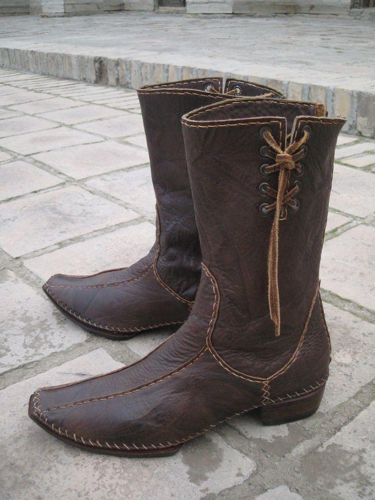 GlobeIn: Oriental knee high boots made of genuine leather - brown #globein