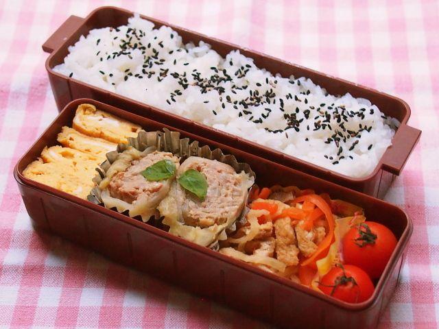 ・ロールキャベツ ・出汁巻き卵 ・切干大根の煮物 ・プチトマト