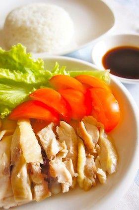鍋で炊くハイナンチキンライス(海南鶏飯)