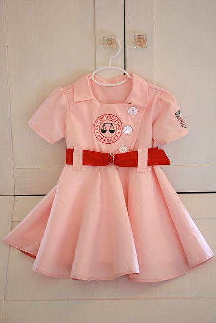 Rockford Peaches costume