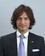 スペランツァFC大阪高槻のコーチ。本並 健治