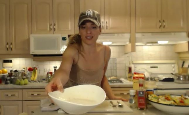 Whip up a #Healthy #Creamy #Herb #SaladDressing in a jiffy!   * Subscribe to Cooking With Kimberly​: http://cookingwithkimberly.com #cookingwithkimberly