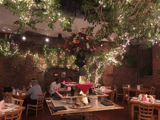 Italian Restaurant New York Ny Il Cortile Restaurant