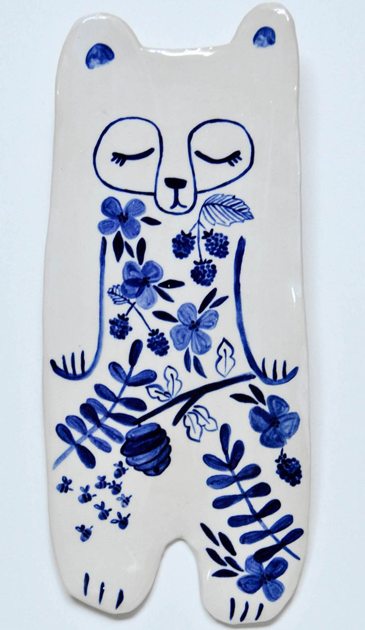 'B' is for Bear Plate #bear #dish #pottery #ceramics #bird #blossoms #blackberries #bees #beehive #branches #illustration