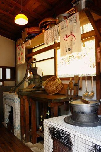 60's Japanese kitchen 1960年代頃の台所 / 昭和の風景
